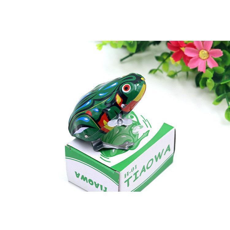 Đồ chơi tuổi thơ ếch nhảy lên dây cót bằng kim loại