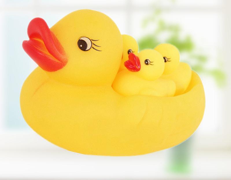 Giảm Giá Ưu Đãi Khi Mua Vịt Thả Bồn Tắm 1 Mẹ 3 Con Cho Bé