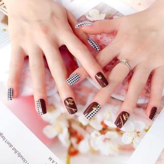 Bộ 24 Móng tay giả , nail giả , móng giả A37 (kèm keo dán) thumbnail