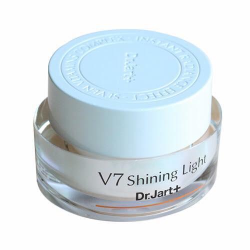 Kem  V7 SHINING LIGHT tốt nhất
