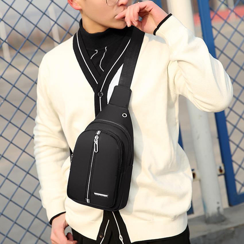 Túi đeo chéo nam  Túi đeo chéo thời trang Hàn Quốc 2019 - Chất dù chống nước, có lỗ đeo tai nghe( Hàng chất lượng cao ) Nhật Bản