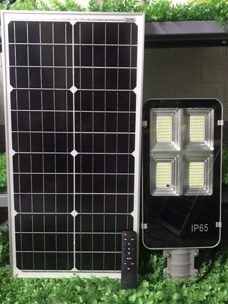 Đèn đường năng lượng mặt trời tấm pin rời 200W Có remote Có giá đỡ gắn đèn BH 12 tháng IP65 430 led