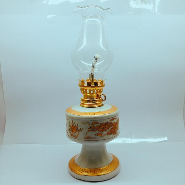 Đèn dầu sứ Bát Tràng dáng vuông