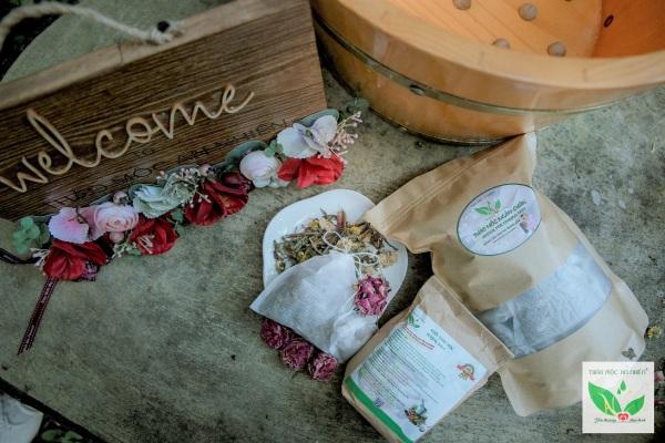 COMBO Thảo mộc ngâm chân và Muối thảo mộc dành cho Phụ Nữ mang thai và sau sinh nhập khẩu