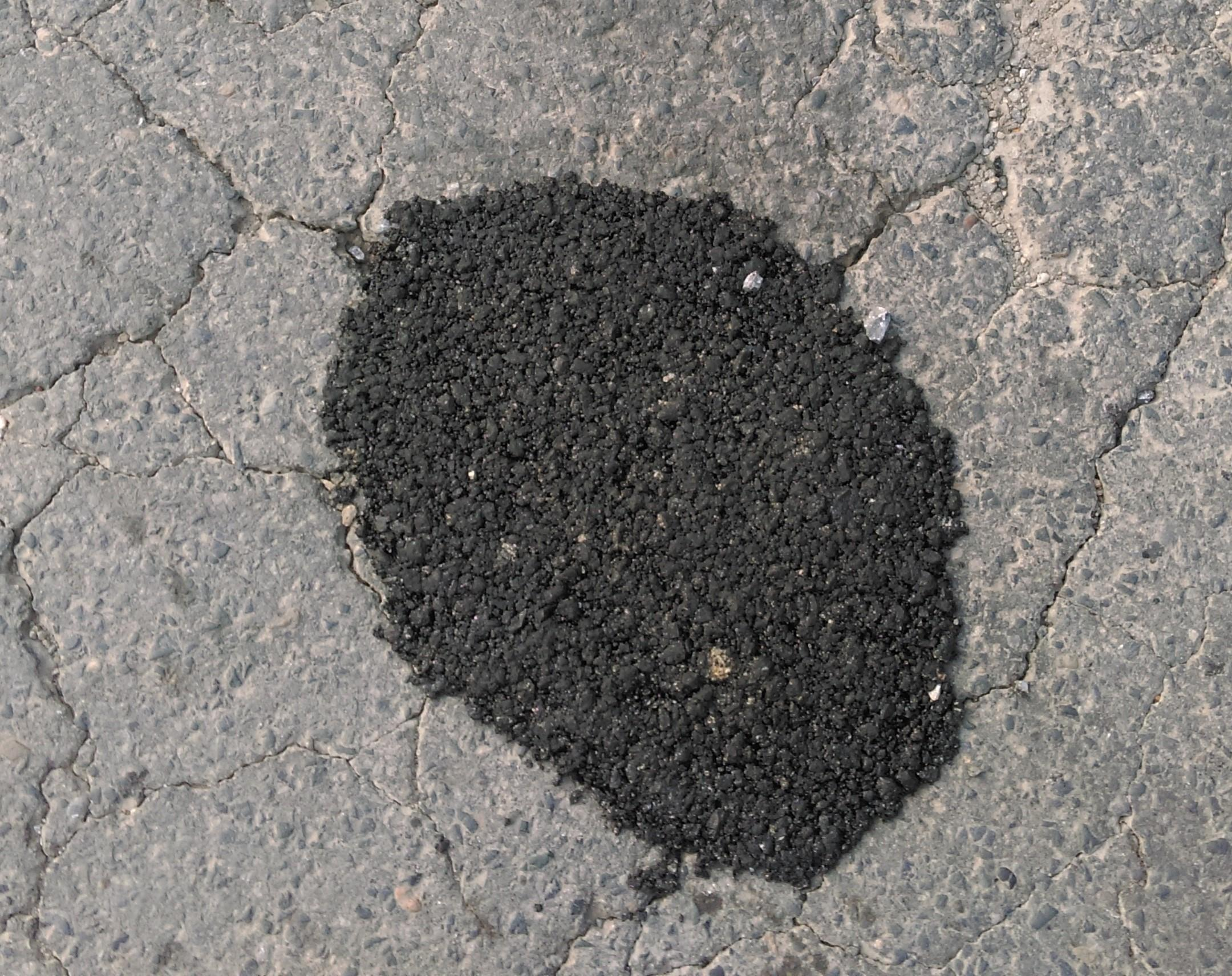 Bê tông nhựa nguội kháng nước