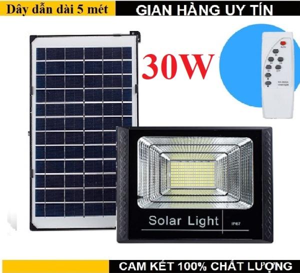 Đèn năng lượng mặt trời 30w