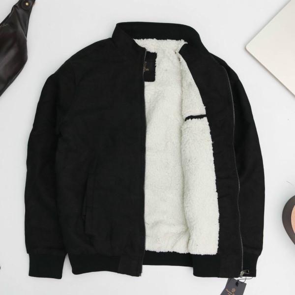 Áo khoác da lộn lót lông- Chất liệu Da lộn cao cấp, mặt vải đanh mịn - Thiết kế lót lông mềm, mịn và giữ ấm cực tốt - Form ôm gọn, đứng dáng - AK01