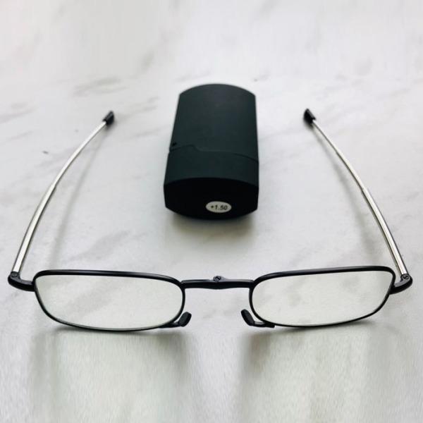 Giá bán Kính lão thị viễn thị xách tay nhật bản có bao đựng hình zippoo như hình cực sang quà tặng cho ông bà bố mẹ