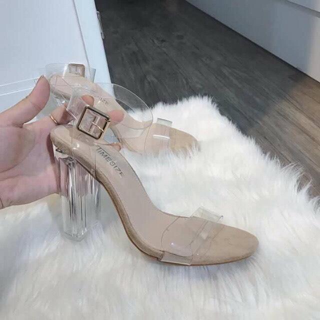 Giá bán giày cao gót quấn dây trong suống dễ phối đồ 9 phân dây trong