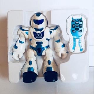 Đồ chơi robot điểu khiển từ xa Dance Hero Iron man nhảy múa theo nhạc thumbnail