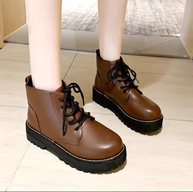 [ Hot Trend ] Giày boots basic cổ cao chất da xịn,bán chạy nhất hiên nay giá rẻ