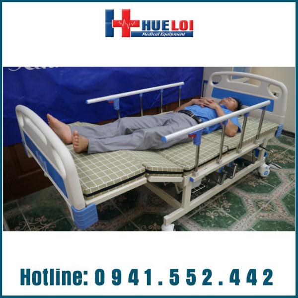 Giường điện Y tế đa năng 4 tay quay hạ chân góc to HL3