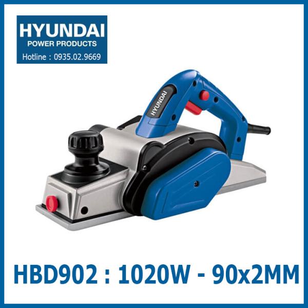Máy bào gỗ cầm tay 90x2mm - Công suất 1020W   Vỏ nhôm + Đựng trong vali sắt [ HYUNDAI MÃ HBD902 ]