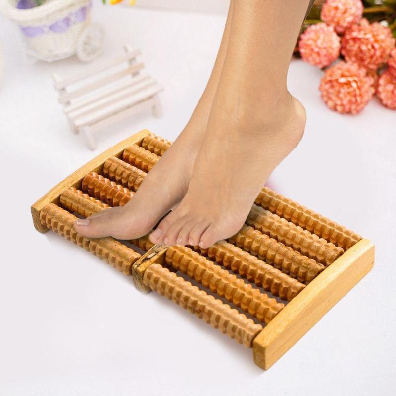 Dụng Cụ Massage chân 5 bàn bằng 6 hàng gỗ giúp lưu thông mạch máu sau giờ làm việc,sp tốt cho tất cả các đối tượng,trẻ hoặc người già,bệnh tai biến