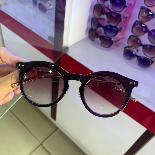 Giá bán Kính mát nữ thời trang siêu đẹp