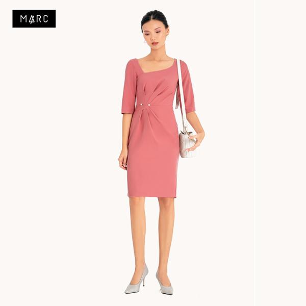Đầm tay lở nhấn cổ xếp li eo Marc Fashion