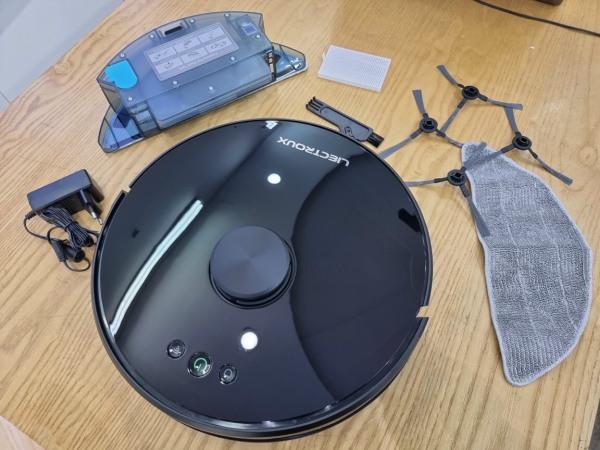 Robot hút bụi lau nhà LIECTROUX XR500 - Robot hút bụi thông minh thương hiệu từ đức bảo hành 1 năm