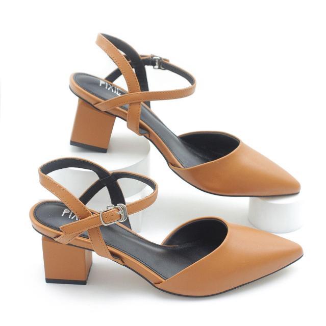 Giày Cao Gót 5cm Bít Mũi Quai Hậu Pixie P125 giá rẻ
