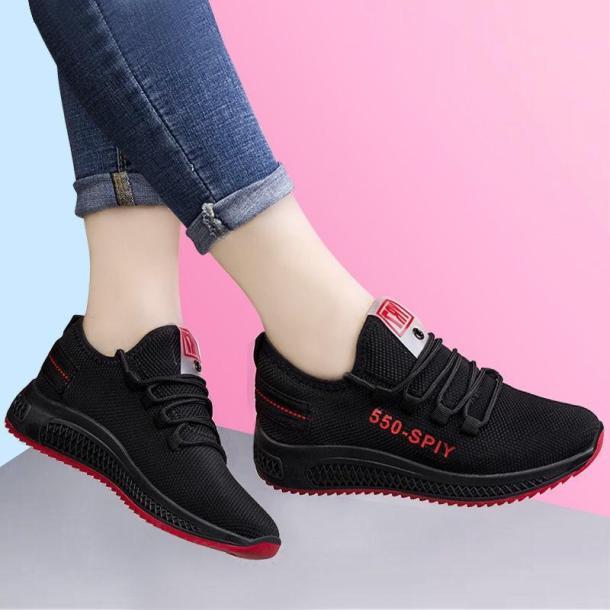 Giày thể thao nữ siêu rẻ và đẹp đen đế đỏ (giá hủy diệt) giá rẻ