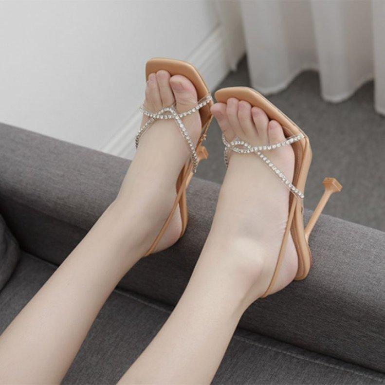 (Bảo hành 12 tháng)Giày sandal cao gót nữ quai chéo đính đá phối quai kẹp trong suốt-Giày cao gót 8cm-Giày nữ da mềm gồm 2 màu- Linus LN303 giá rẻ