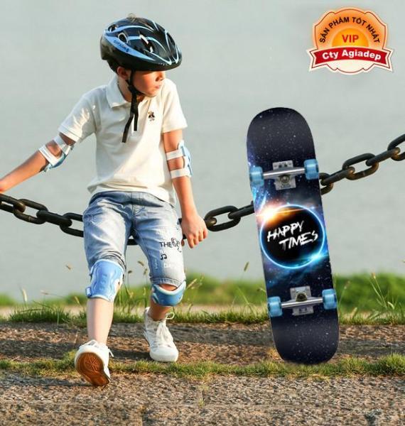 Giá bán Ván trượt trẻ em thiếu niên có bánh phát sáng Skateboard sành điệu + Bộ bảo vệ tay chân