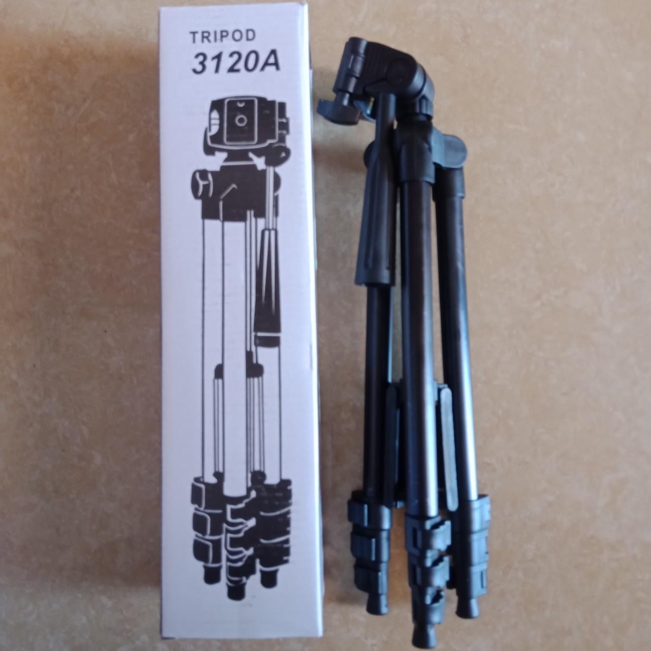 Giá đỡ Tripod 3120A Màu đen Sắt Chắc Chắn Hỗ Trợ Chụp Hình Live Stream Có Giá Siêu Tốt