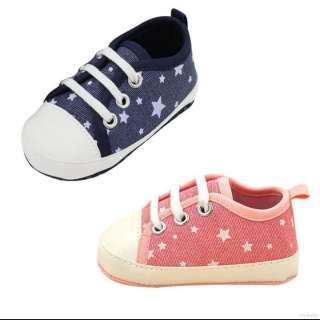 (CHỌN MÀU) Giày bít đế mềm chống trượt in hình ngôi sao bé trai bé gái (Mẫu 6 giày thể thao) giầy tập đi, giày tập đi đế mềm, giày đế mềm, giầy bít, giày vải, dép, sandal