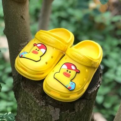 Dép Rọ Vịt ABWALK ThaiLand Nhựa Mềm, Không Trơn, Cho Bé 6 Tháng đến 4 Tuổi (màu Vàng) Đang Ưu Đãi