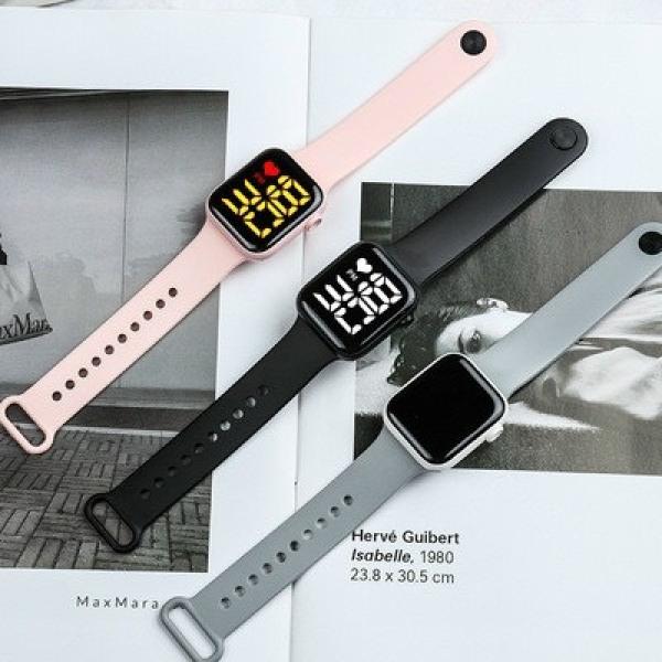 Đồng hồ điện tử nam nữ led siêu đẹp chống nước tốt TD001