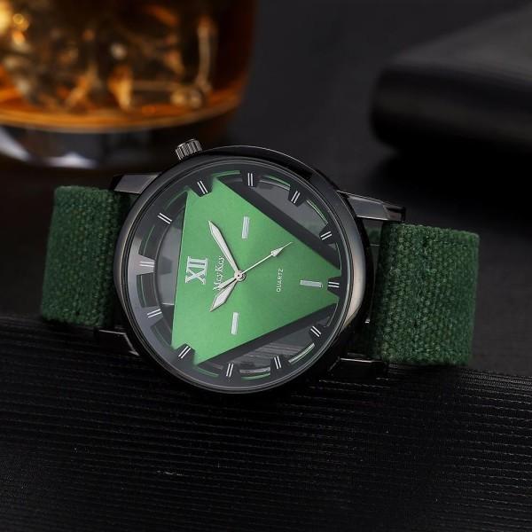 Đồng hồ nam tam giác dây vải 3D McyKcy