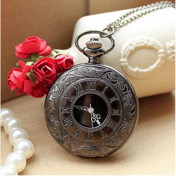 Đồng hồ quả quýt La Mã Đen bán chạy