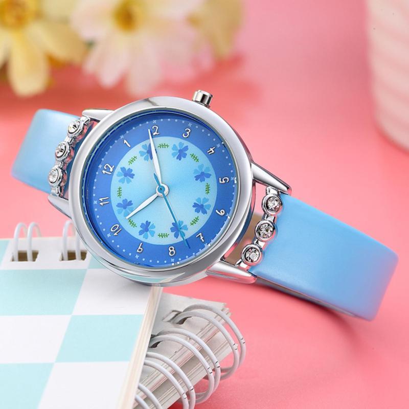 Đồng hồ trẻ em Decoshop68 W13-X màu xanh giá tốt bán chạy