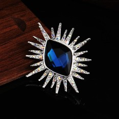 Fashion Crystal Eye Shape Women Men Brooch Charm Jewelry Wedding Party Jewelry Accessories Valentines Day Gift - intl