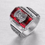 Nhẫn Nam Inox Trắng Mặt Sư Tử Đa Đỏ Mẫu N502 Mới Nhất