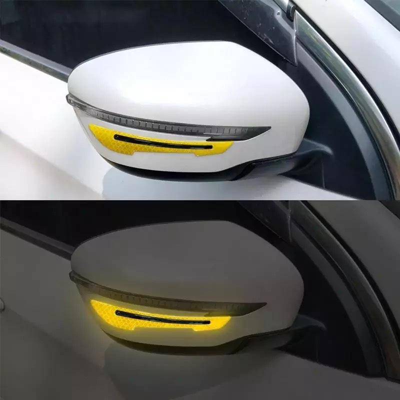 Bộ 2 miếng phản quang gương chiếu hậu ô tô (vàng)