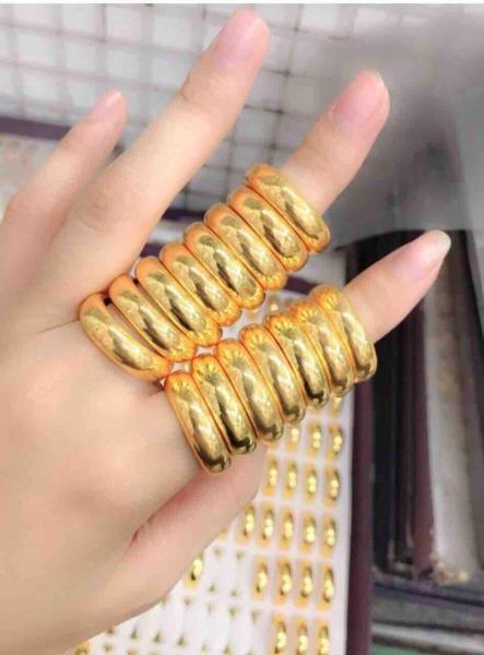 Nhẫn trơn mạ vàng 24k loại 5 chỉ khắc 9999