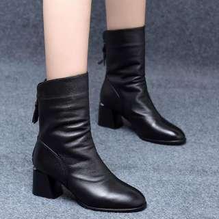Đôi Boots da gót vuông có khóa kéo phía sau, chiều dài ống:15cm/5.90'' phong cách năng động cho nữ