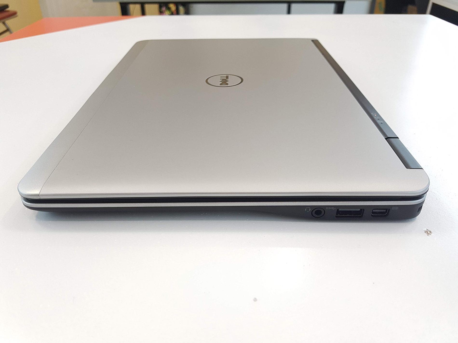 Laptop di động Dell Latitude E7240 Core i5 4300u/ Ram 4Gb/ SSD 256Gb/ 12.5 inch - Hàng xách tay -...