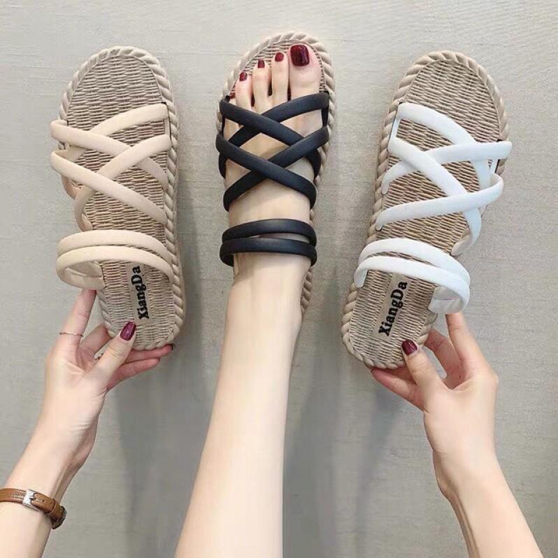 Sandal Nữ Giả Cói Có Quai Sau Chống Nước Thích Hợp Đi Mưa Đi Biển giá rẻ