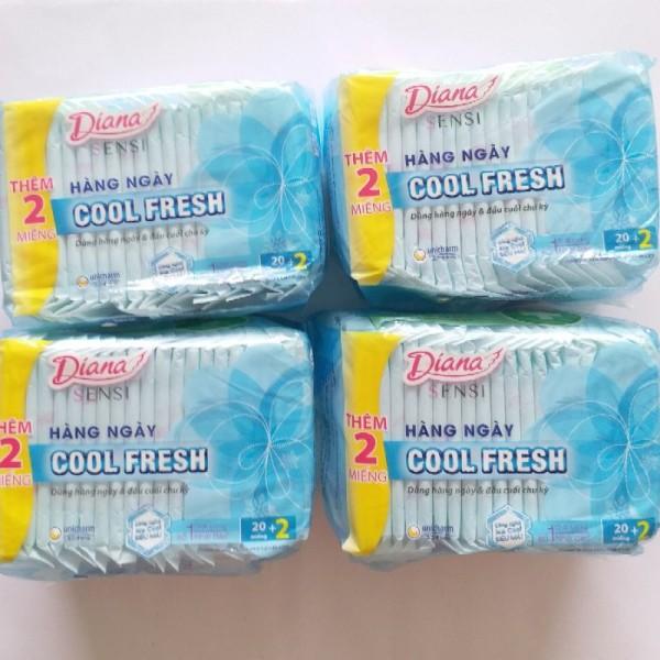 Băng vệ sinh Diana hàng ngày Sensi Cool Fresh (Gói 20 + tặng 2 miếng) giá rẻ