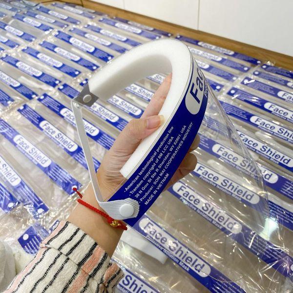 Giá bán Combo 5  Kính nhựa che mặt chống giọt bắn - Chống Bụi- An Toàn Dễ Sử Dụng có mush Shalla h6 GSR