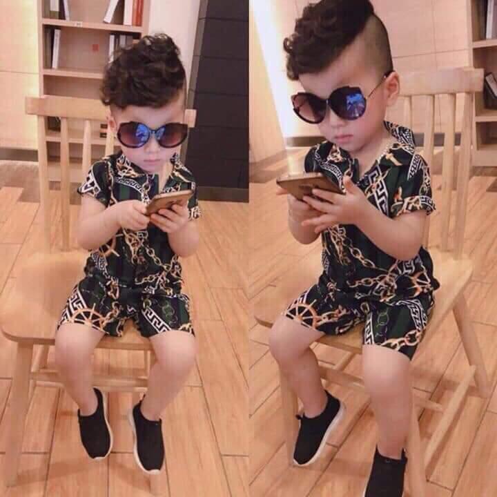 Bộ quần áo bé trai chất lụa in hình 3D mềm mại cho bé trai từ 12kg đến 25kg( mẫu ngẫu nhiên)