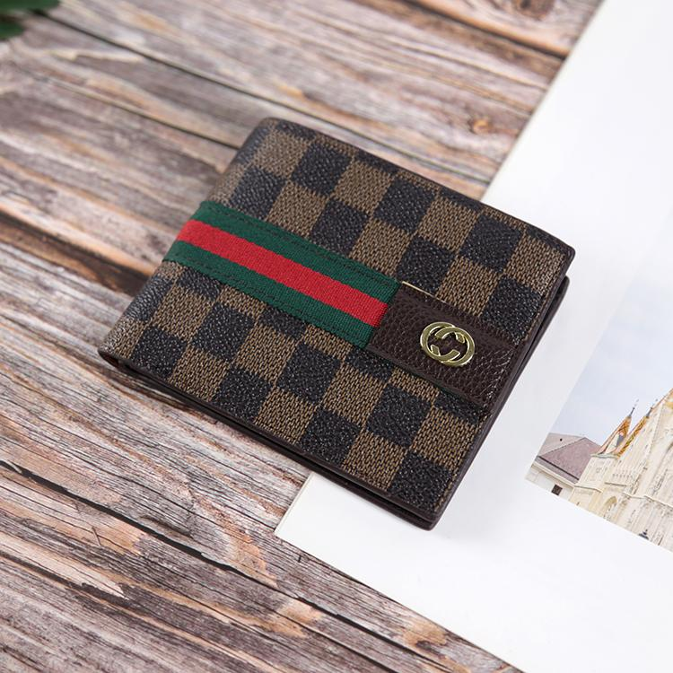 Ví da nam Varado 40 – Mẫu ví ngang in họa tiết caro cực phù hợp cho giới trẻ (Đen xám/ Nâu) – Ví gập nam da PU thời trang cao cấp Nhật Bản