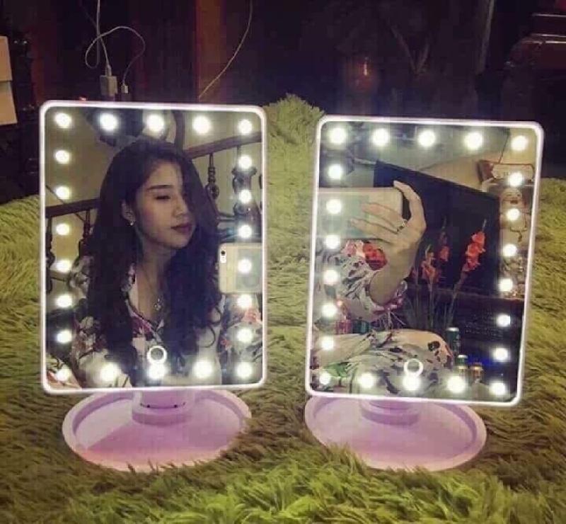 Gương soi có đèn led