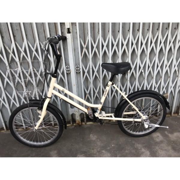 Phân phối Xe ĐạP Mini Fine Bikes Màu Trắng BáNh 20 Inch, Bộ Truyền Động Nhiều Tốc Độ HàNg NhậT BãI.