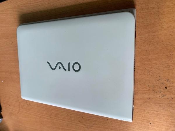 Bảng giá Laptop Cũ Rẻ Sony Vaio Mini SVE11 Trắng Ram 4G ổ 320G Màn 11.6 nhỏ gọn làm văn phòng, học tập mượt mà Phong Vũ