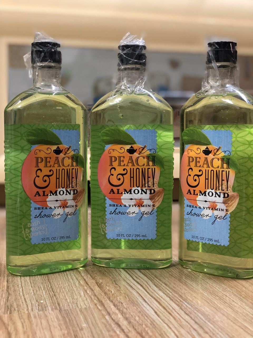 Sữa tắmBath & Body Works - Peach & Honey Almond Shea & Vitamin E - Japanese Cherry Blossom Shower Gel295mL Hàng xách tay từ mỹ cao cấp