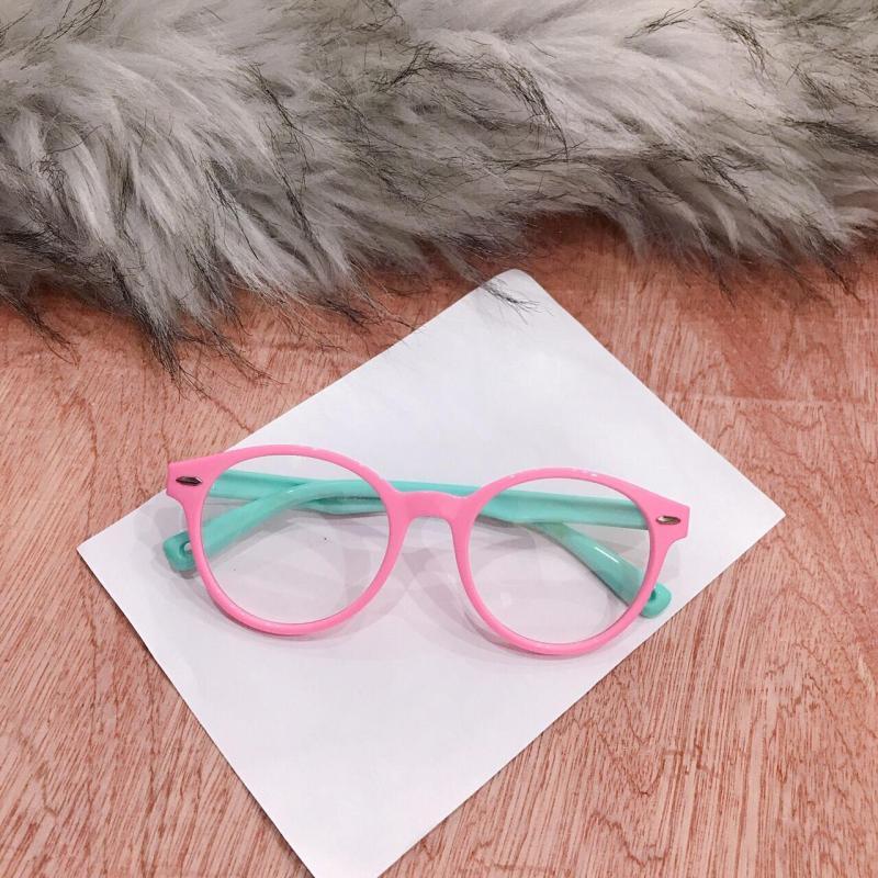 Giá bán kính mát cho bé yêu BY01 vui lễ quốc tế thiếu nhi, gọng dẻo tròng kính an toàn cho mắt bé ( tặng túi đừng kính )
