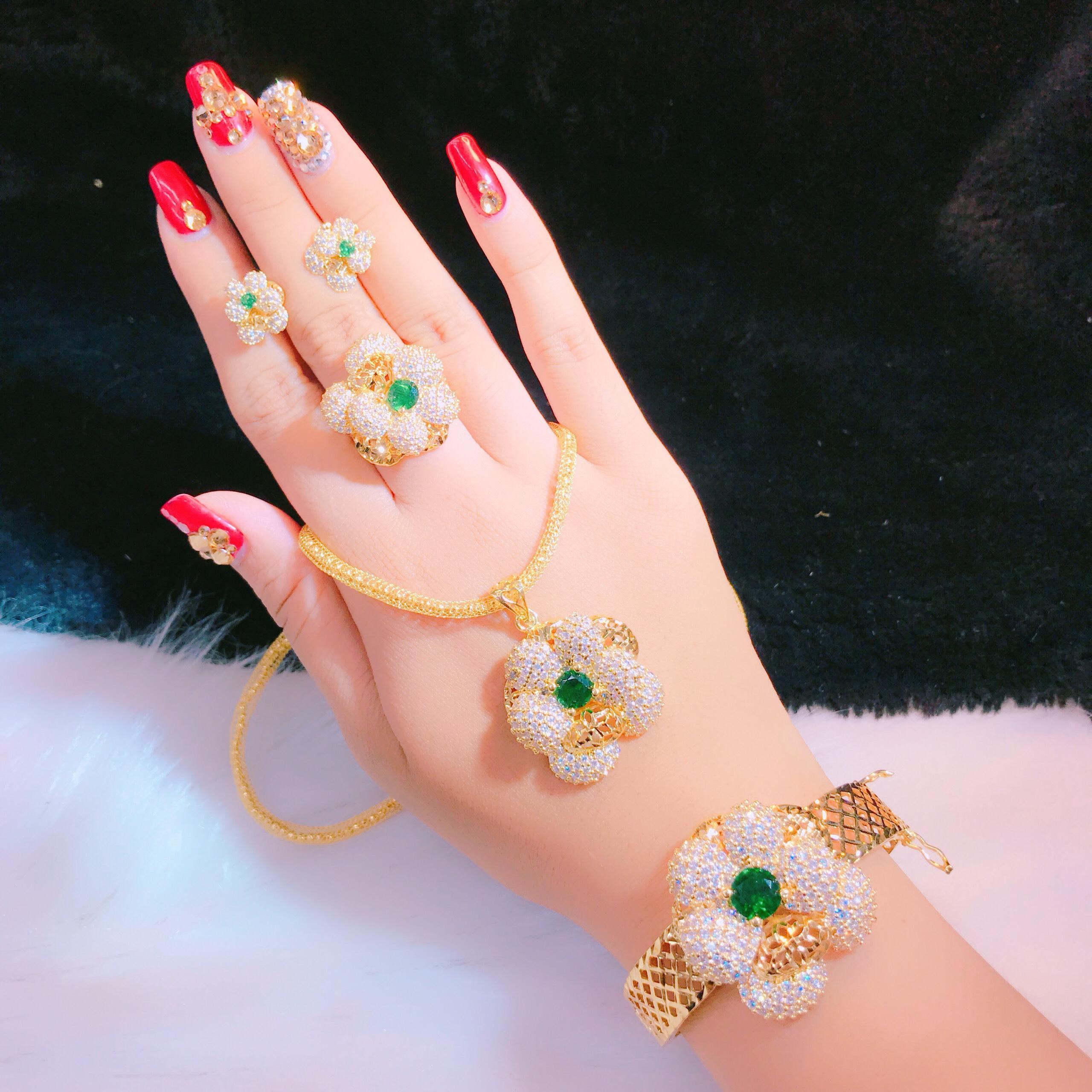 Bộ Trang Sức Hoa - Givishop - B4070727 , Bền Màu, Sáng Như Vàng Thật, Chất Liệu Bạc Thái, Không Đen, Không Ngứa - Thiết Kế Đi Tiệc,trang sức mạ vàng cao cấp, bộ trang sức vàng Givi,  mẫu vàng cưới 24k, mua trang sức vàng, giá bộ vàng cưới 24