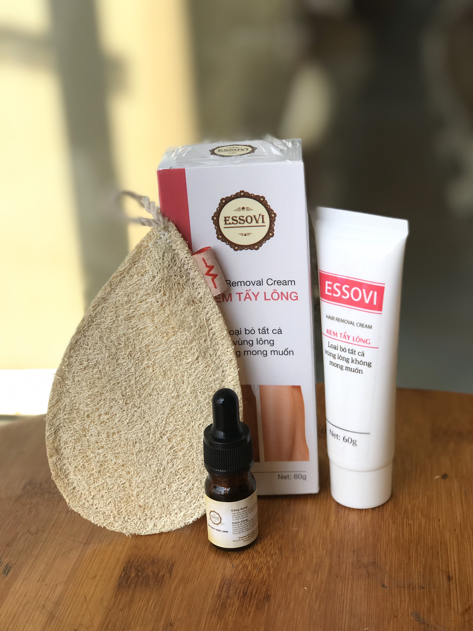 Kem tẩy lông ESSOVI 30g - Thành phần từ thiên nhiên dùng cho mọi loại da - Có khả năng nuôi dưỡng da se khít các lỗ chân lông - Tặng kèm miếng nhám tẩy da cao cấp